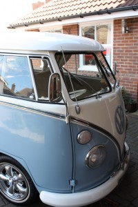 VW-Splitscreen-Camper-Valet-After-Driver-side-Front
